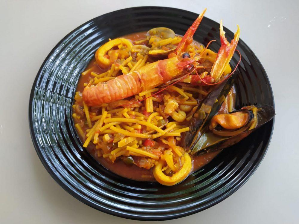 ¿Nos enseñas tu receta? Cazuela de fideos con marisco - Antonio Jiménez